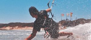 Kitesurfen in Griekenland op het eiland Kos voor de kust van Kefalos