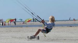 Speciale kites en mountainboards om te kunnen landkiten bij Schiermonnikoog
