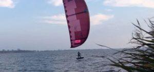 Hydrofoilen op Zuidlaardermeer Groningen test kite North Evo