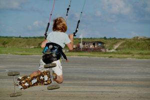 sprong kitesurfen jongen 10 jaar powerkite